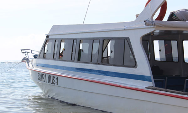 travel to nusa lembongan with public boat