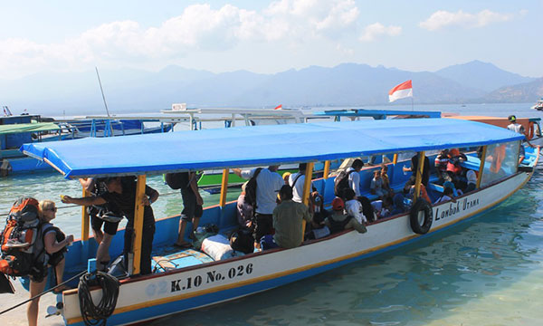 travel to nusa lembongan with slow boat